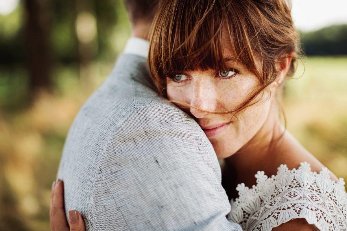 Bruidsfotograaf Limburg - Trouwen in je eigen tuin - Bohemian bruiloft