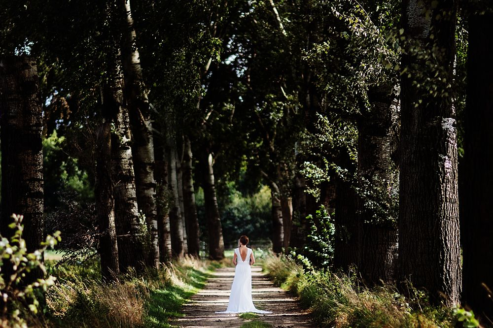 Bohemian bruiloft, bohemian wedding, bruidsfotograaf, bruidsfotograaf Limburg, bruidsfotograaf Roermond, bruidsfotografie limburg, bruidsfotografie roermond, bruidsreportage leeuwen, Bruidsreportage Limburg, bruiloft in tuin, diy bruiloft, festivalbruiloft, foodtruck bruiloft, fotograaf buitenland, thuis trouwen, thuisbruiloft, trouwen in eigen tuin, trouwen in het buitenland, trouwen in Limburg, trouwen in Roermond, trouwfoto Limburg, trouwfoto Roermond, trouwfotograaf Limburg, trouwfotograaf Roermond